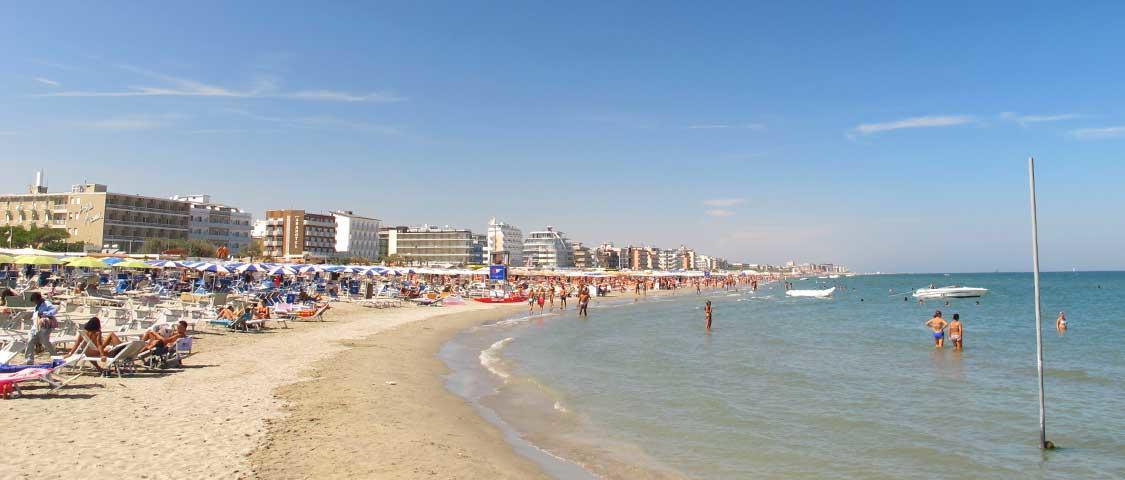 Milano marittima turismo hotel spiagge divertimento - Costumi da bagno milano marittima ...
